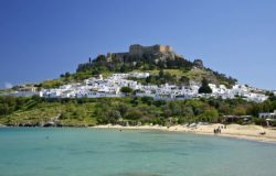 Greece opens schools for tour guides