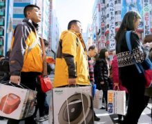 Why Japan is the most popular destination for Chinese tourists?