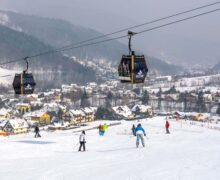 Polish ski resorts urge to reopen on February 1